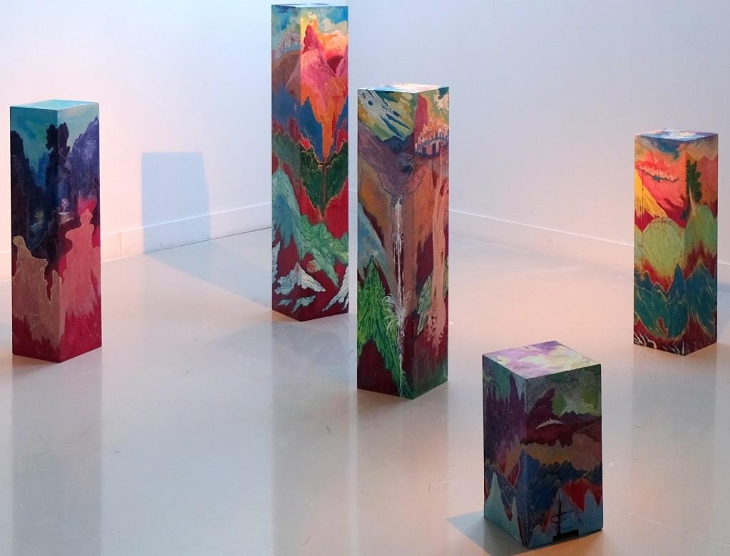 Bois sacrés, peinture acrylique sur poutres de sapin, 2018